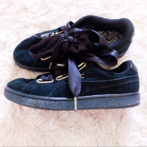 new products f03c5 978ba puma heart suede black iridescent sneakers
